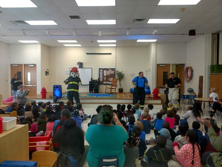 Carolina Firecrew at Howe PreK Center leaning fire prevention through singing and dancing? #NHCFR #FireCrew